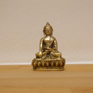 Buddha auf Thron 10,5 cm